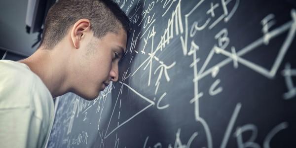Чем грозит школьнику провал на ОГЭ?